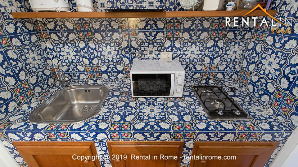 Trastevere Studio Flat Holiday Rental Accommodation